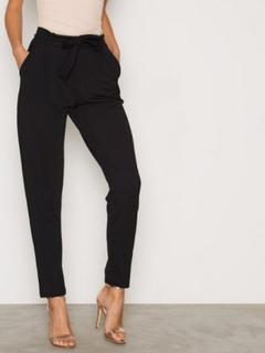 NLY Trend Dressed Tie Pants Byxor Svart