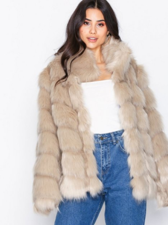 NLY Trend Fluffy Fur Jacket Faux Fur Beige