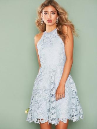 NLY Eve Scallop Lace Dress Skater Dresses Ljus Blå