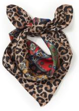 Smakfull scarf i 100% siden från Emilia Lay mångfärgad