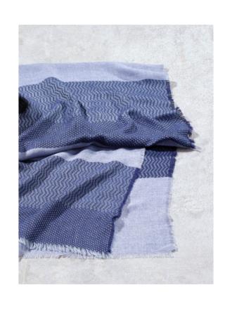 Strikket tørklæde i moderne strukturstrik Fra Bogner blå - Peter Hahn