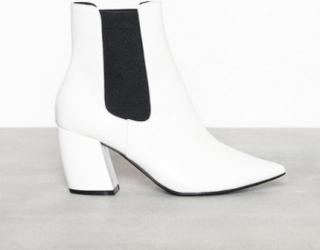 Bianco BIACANDY Flaired Boot Heel