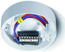 Esulux støjfilter med underlag for Protector K 230V røgalarm i hvid