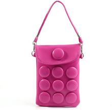 Button Bag (Sjokkrosa) smarttelefon Veske m/ Bærestropp