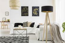 WANDA Eschenholz Stehlampe 45x140cm - Weiß Lampenschirm / Turkis