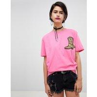 Ragyard - Oversize-t-shirt med cowboyboot-märke - Rosa