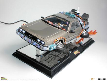 Modellbil Back to the Future II Floating Model DeLorean Time Machine 22cm
