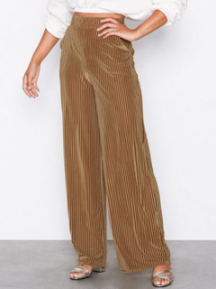 NLY Trend Ribbed Velvet Wide Pants