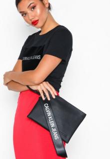 Calvin Klein Jeans Logo Banner Medium Pouch Kuvertväskor