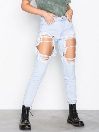 Missguided Riot High Rise Mom Jeans Light Blue