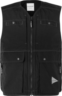 And Wander - Cropped Nylon Gilet - Black - S,And Wander - Cropped Nylon Gilet - Black - M,And Wander - Cropped Nylon Gilet - Black - L