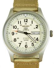 Seiko Men's 5 Sports Automatisches Militär Nylonband Uhr SNZG07K1