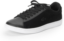 Sneakers för kvinnor, modell Carnaby Evo från Lacoste svart