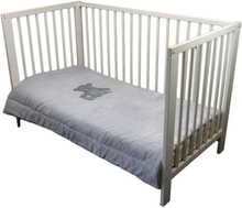Sängöverkast barnsäng
