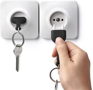 Qualy design Unplug Nøglering (sort el. hvid) Sort