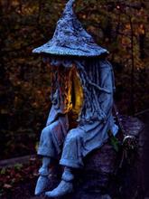 1 STÜCK Halloween LED Harz Sitzende Hexe Seele Statue Lichter Outdoor Yard Garden Decor Tischlampen Nachtlicht Ornamente