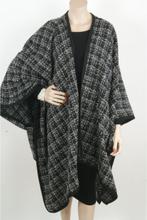 Zwart/witte bouclé cape/omslagdoek met lurex