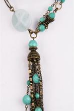 Halsketting met turquoise glaskralen