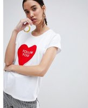 In Wear - T-shirt med Follow your heart-tryck - Vit 2acca08a6cf38