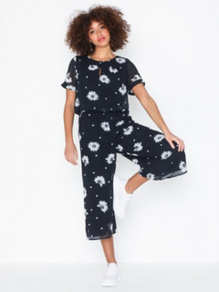 Selected Femme Slforiana Ss Cropped Jumpsuit B