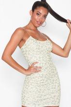 NLY One Thin Strap Print Dress Fodralklänningar