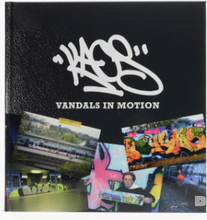 Dokument Press - Kaos - Vandals In Motions - Svart - OneSize