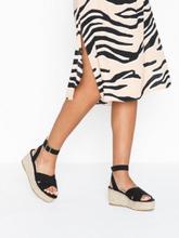 NLY Shoes Braided Platform Sandal