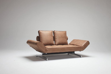 Innovation sovesofa Ghia brun inkl. 2 puter.