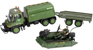 Legetøjs militær lastbil - med redningsbåd på trailer