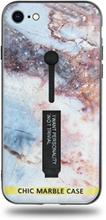 Modeskal med fingerhållare till iPhone 7/8 med motiv av stjärnhimmel