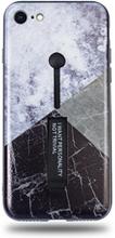 Modeskal med fingerhållare till iPhone 7/8 med marmor i vinklar