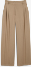 Wide leg pleated trousers - Brown