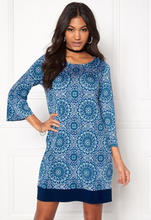 Happy Holly Belicia dress Blue 32/34L