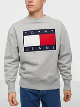 Tommy Jeans Tjm Tommy Flag Crew Puserot Harmaa