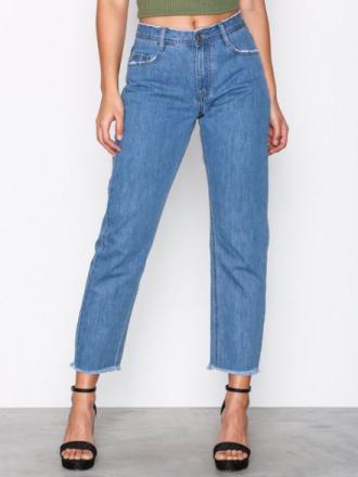 Missguided Mid Rise Clean Cut Hem Jeans Vintage Blue Denim