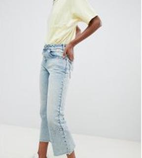 ASOS DESIGN - Petite - Egerton - Ljust vintagefärgade jeans utan stretch med korta utsvängda ben och pilsömmar - Medeltvättat vintage-stuk
