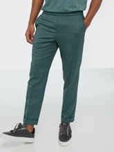 Filippa K M. Terry Cropped Trouser Housut Mint