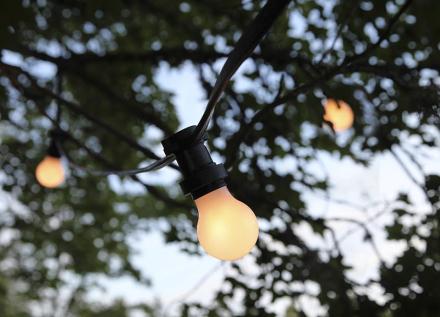 Party bältslinga med 10xB22 LED lampor opal 720cm