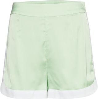 Curved Hem Shorts Shorts Flowy Shorts/Casual Shorts Grön IVYREVEL