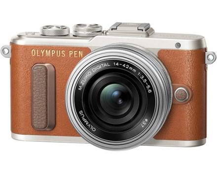 Olympus Pen E-PL8 + 14-42/3,5-5,6 EZ (V205082NE000)