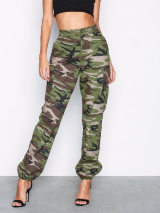 NLY Trend Cargo Pants Byxor Camo