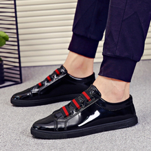 Casual Fashion Men Shoes Boys Patent Leather Flats Shoe Comfortable Men's Loafers Male Walking Shoes Sneaker Spring Autumn New