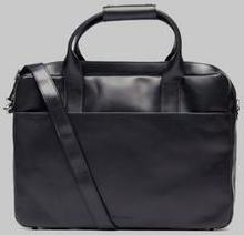 Royal RepubliQ Hunter Day Bag Single Svart