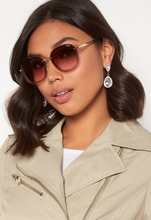 Quay Australia Jezabell Chain Sunglasses Gold/Brown Pink One size