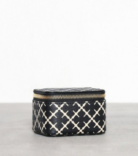 By Malene Birger Bae Mini. Toilettasker