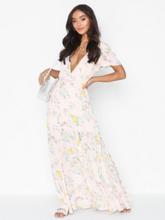 NLY Trend Lovely Long Dress Maxiklänningar