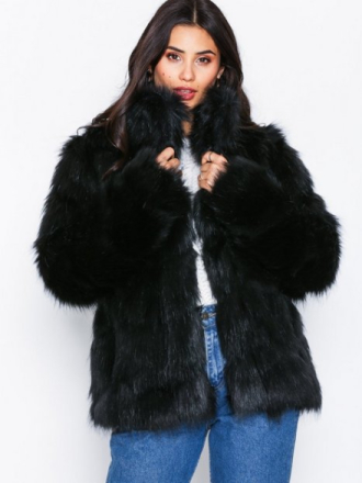 NLY Trend Fluffy Fur Jacket Svart