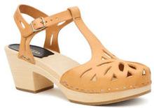 Lacy Sandal