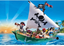 - Pirates - Piratskepp med undervattensmotor