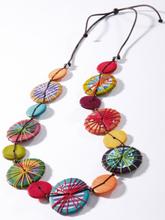 Halsband träplattor från Peter Hahn mångfärgad